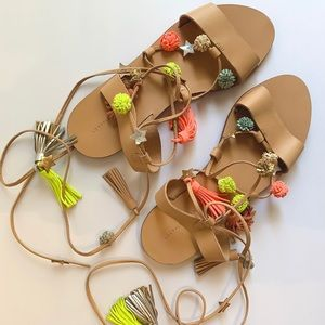 New! Loeffler Randall Size Leather Pom Pom Sandals